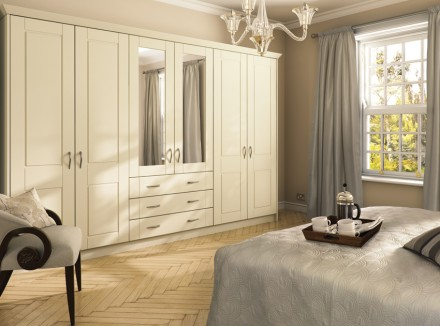 Fitted wardrobes fitted wardrobes for Built in bedroom furniture ideas
